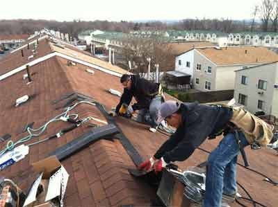 Consistency of the flat roof with the waterproofing layers