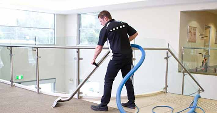 How to Pick the Best Service to Clean the Apartment