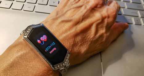 Smartwatch Take Blood Pressure