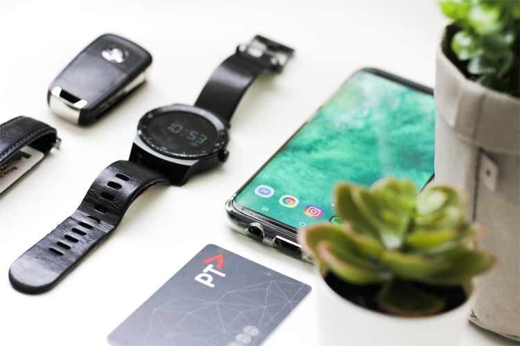 Pros and Cons of Smartwatches