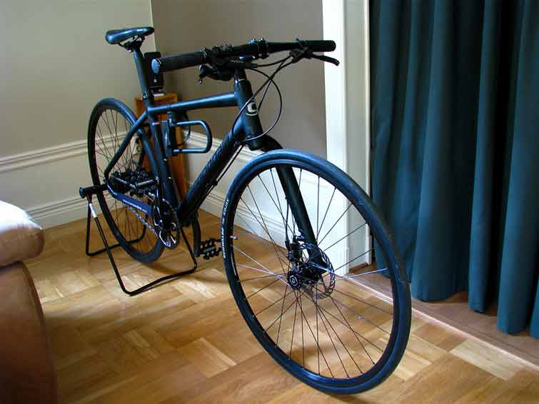 What to Look for in a Hybrid Bike?