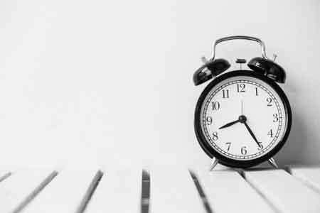 Bulova Desk Clocks for the Workplace
