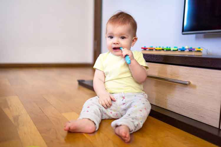 How to Relieve an Infant's Pain Caused by Teething