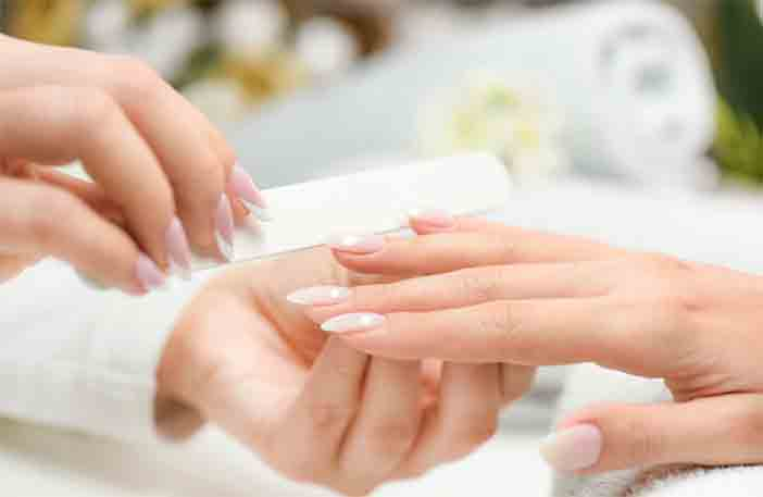 What You Need To Do To Set Up a Professional Manicure?